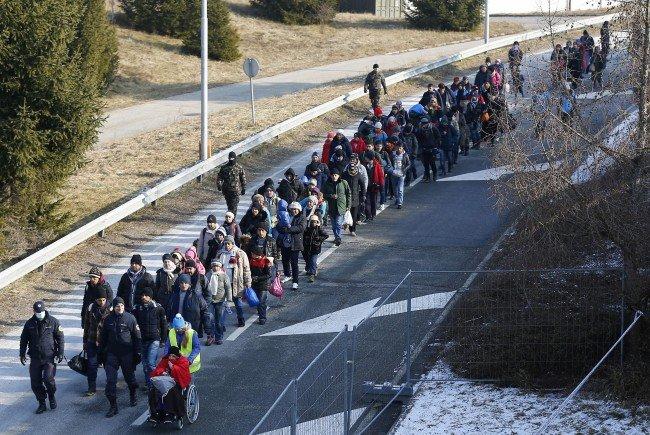 Nicht jeder ist einer Meinung mit Mikl-Leitner bzgl. Obergrenze für Flüchtlinge.