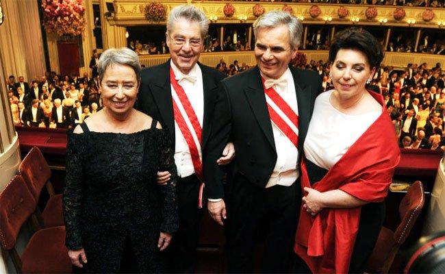 Auch heuer gustieren die Politiker am Wiener Opernball.