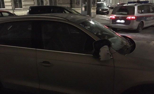 Wien-Leopoldstadt: Anzeige nach Sachbeschädigung an 11 Fahrzeugen