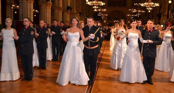 Tanzeinsatz in Wien: Polizei feierte Ball im Rathaus