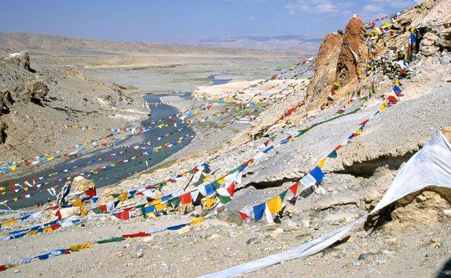 Happy New Year: Gebetsfahnen zum Tibetischen Neujahr am 9. Februar