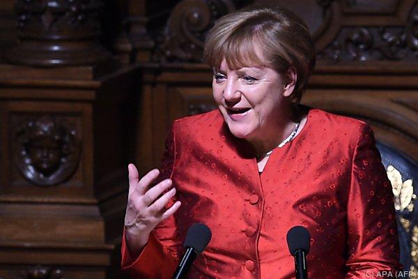 Merkel zu Besuch in Hamburg