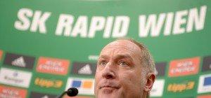 Seitenscheibe eingeschlagen: Rapid-Sportdirektor Müller während Pressekonferenz bestohlen