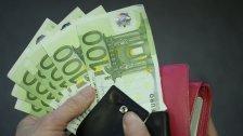 Spendergeld geklaut: Zwei Personen in Haft