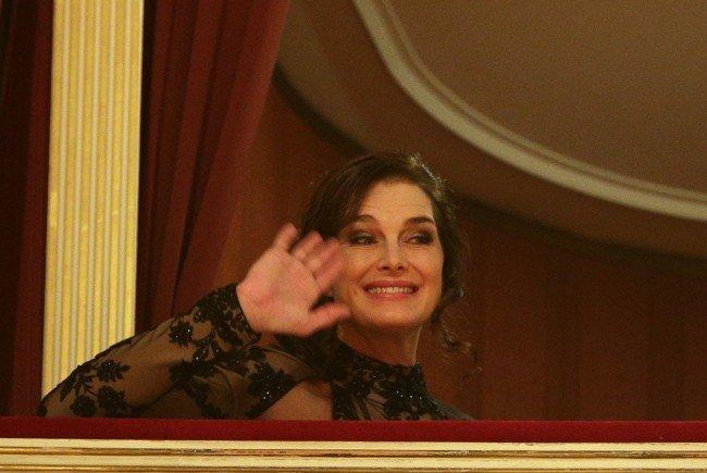 Brooke SHields freute soch über ihren ersten Ballbesuch am Wiener Opernball 2016.