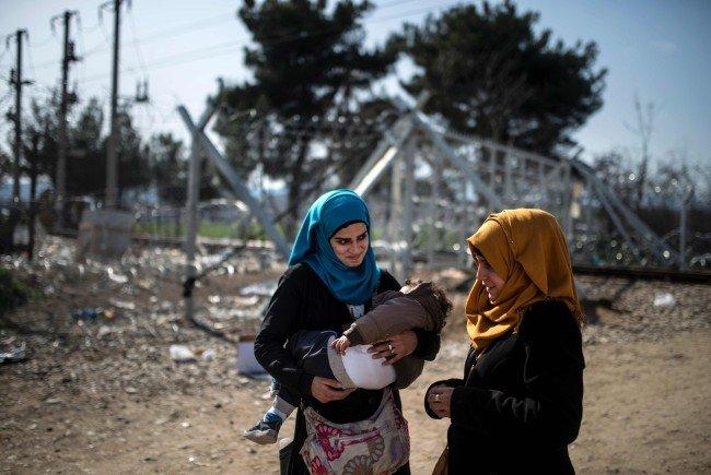 """Flüchtlinge - Wien spricht mit Lissabon über """"Entlastung"""""""