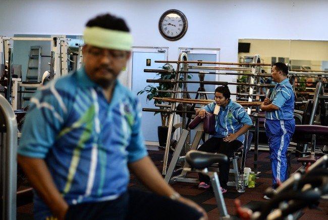 malaysias polizisten sind zu dick fitnessprogramm angeordnet vienna at. Black Bedroom Furniture Sets. Home Design Ideas