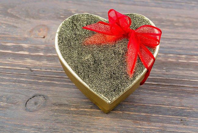 Geschenke zum Valentinstag sind bei Digital Natives wenig beliebt