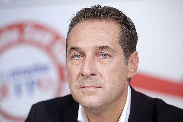 Strache hat den Betreiber einer Website für Kopftücher geklagt