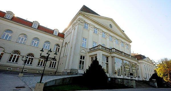 Auch im ehemaligen Kinderheim am Wilhelminenberg kam es zu Übergriffen.