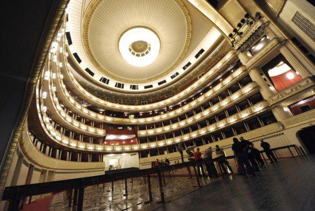 So wird aus der Staatsoper ein Ballsaal.
