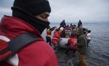 """""""Wir versenken keine Flüchtlingsboote!"""""""