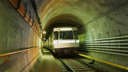 """""""Ausflug"""" durch U-Bahn-Tunnel"""