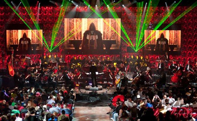 Game-Spaß und Musik in einem Konzert.