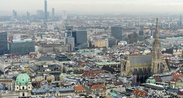 Es herrscht Wohnraummangel in Wien - die mobilen Holzhäuser sollen helfen.
