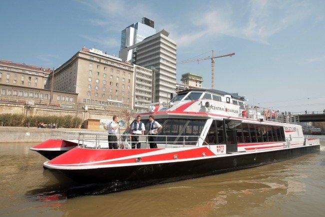 Der Twin City Liner hat wieder in Richtung Bratislava abgelegt.