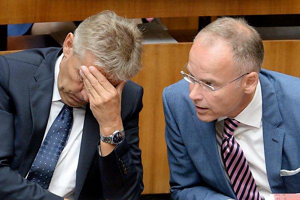 Marcus Franz (l.) sorgte bei ÖVP-Klubchf Lopatka für Kopfzerbrechen