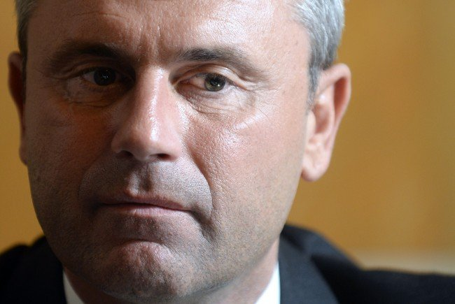Bundespräsidentschaftskandidat Hofer will das NS-Verbotsgesetz ausweiten.