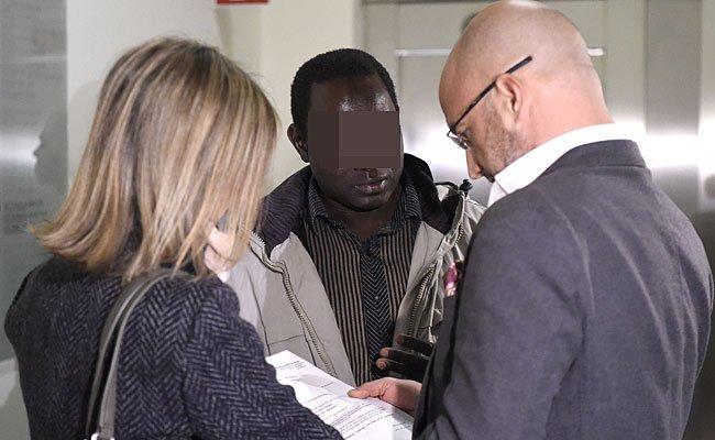 Fall Bakary J. - Folteropfer scheiterte mit zusätzlichen Forderungen