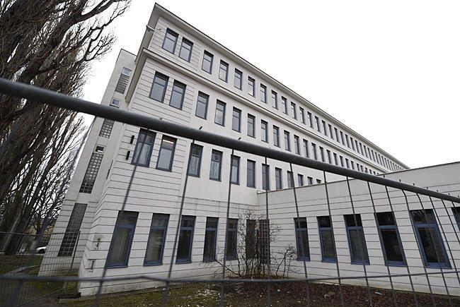 Außenansicht des Flüchtlingsquartiers Ziedlergasse in Wien-Liesing