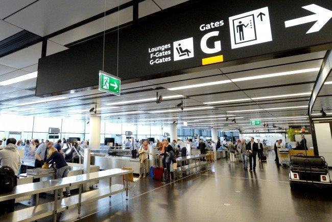 Am Flughafen Wien wurde eine Maschine wegen IS-Verdachts einer Passagierin aufgehalten