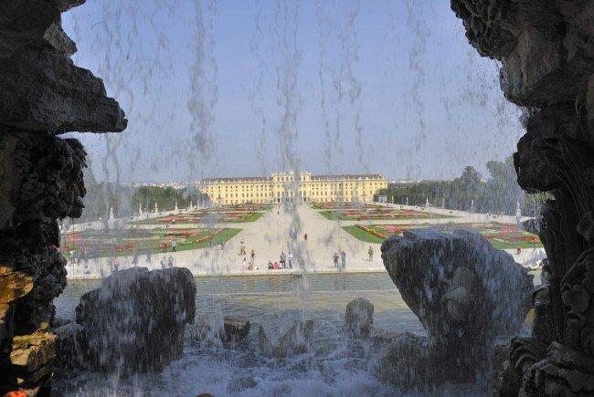 Der Neptunbrunnen in Schönbrunn.