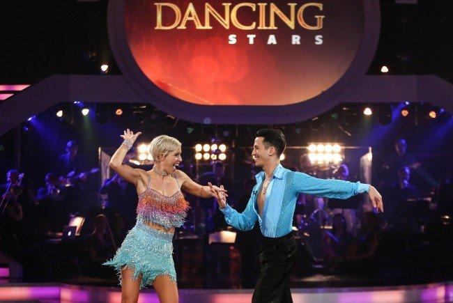 Die Promi-Frauen hatten ihren ersten Soloauftritt bei Dancing Stars.