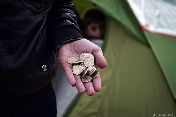 Spenden für Flüchtlinge: Eine neue Regelung sorgt für Empörung