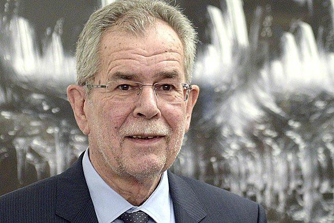 Bundespräsidentschaftskandidat und Ex- Grünen- Parteichef Alexander Van der Bellen versichert Verantwortungsgefühl