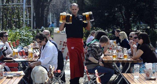 Nun werden die Gastronomen zu den Lockerungsvarianten der Schanigarten-Wintersperre befragt.