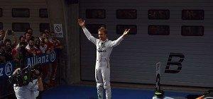 Rosberg schaffte mit Shanghai-Sieg Hattrick zu Saisonbeginn