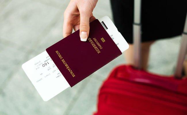 Trotz genehmigten Asylantrag wird kein neuer Konventionsreisepass ausgestellt.