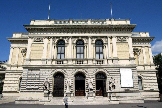 Der Modepalast kommt ins Wiener Künstlerhaus.