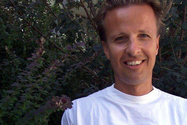 Günter Kasal wurde beim Verteilen von Wahlbroschüren für Norbert Hofer attackiert.