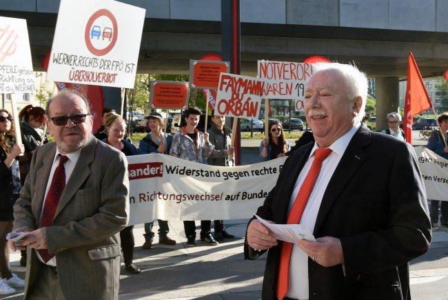 Bürgermeister Michael Häupl auf dem Weg zum Landesparteitag der SPÖ.