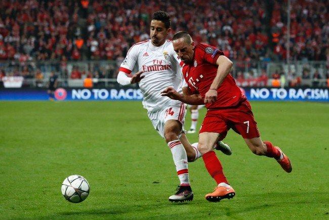 Die Bayern gastieren im CL-Viertelfinale in Portugal.