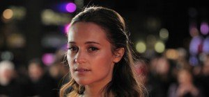 """Alicia Vikander übernimmt """"Tomb Raider""""-Rolle von Angelina Jolie"""