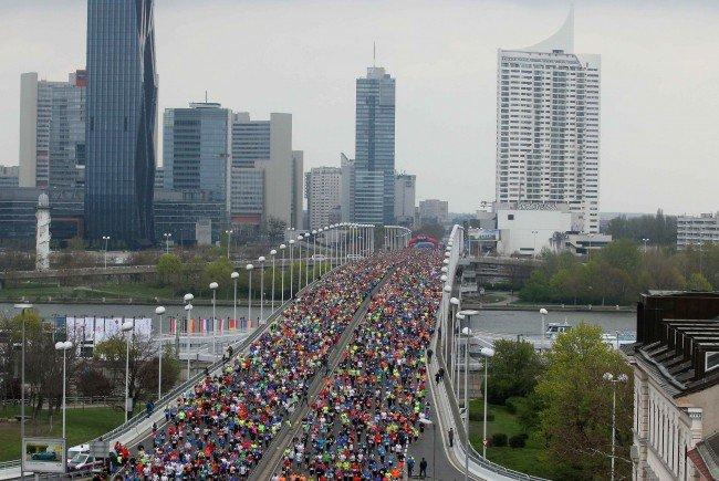 Beim Vienna City Marathon 2016 wurde auch eine stolze Summe an Spenden für wohltätige Zwecke erlaufen.