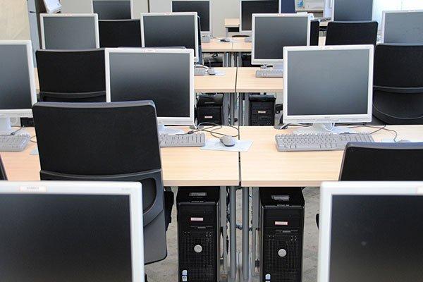 Zahlreiche Rechner wurden im Literaturhaus Wien entwendet.