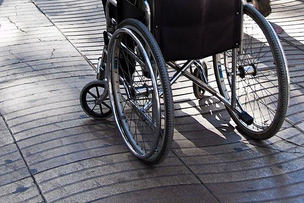 Ein Rollstuhlfahrer wurde bei einem Unfall in Favoriten verletzt