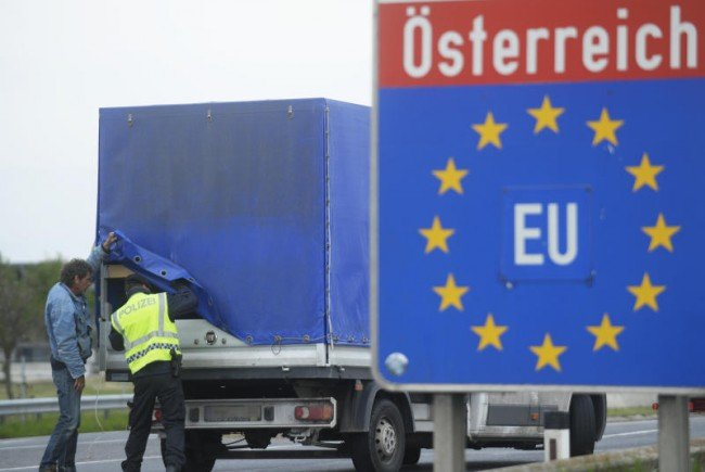 Am Montag starteten die verstärkten Grenzkontrollen.