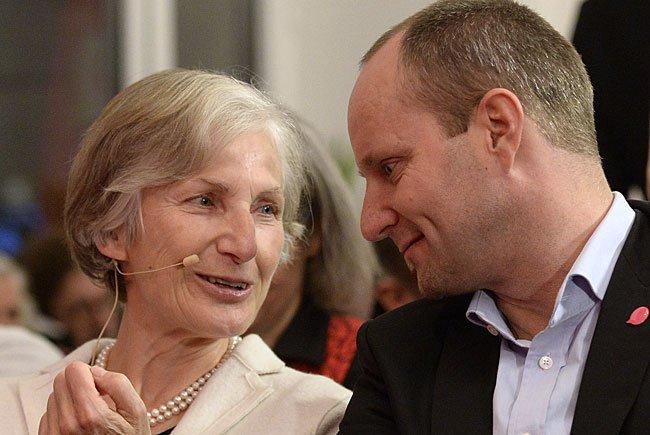 BP-Kandidatin Griss gemeinsam mit NEOS-Obmann Strolz