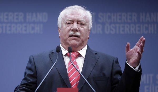"""Flüchtlinge: Häupl gegen """"konstruierten Notstand"""""""