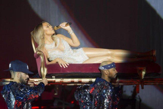 Mariah Carey live - Diva-Attitüde pur.