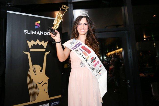 Kimberly Budinsky wurde zur Miss Vienna 2016 gekürt.
