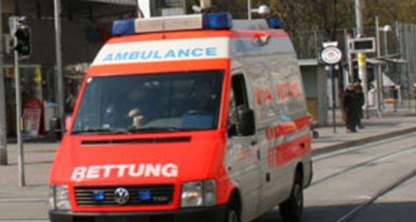 Das Mädchen wurde mit der Rettung ins Spital gebracht
