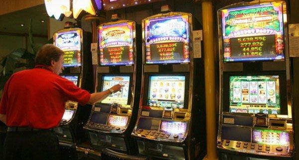 Glücksspielgesetz - Heiße Kartoffel für Höchstrichter