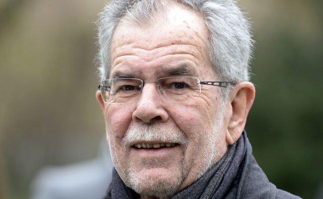 Bundespräsidentschaftskandidat Alexander Van der Bellen im Fokus