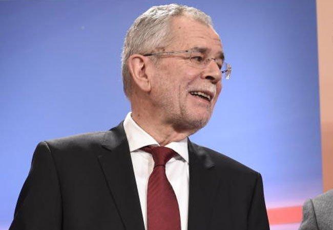 Präsidentschaftskandidat Alexander Van der Bellen kommt in die Stichwahl.