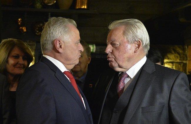 Bundespräsidentschaftskandidat Hundstorfer mit Alt-Kanzler Vranitzky.